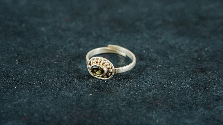 Ring 'Mala' (verstellbare Größe)