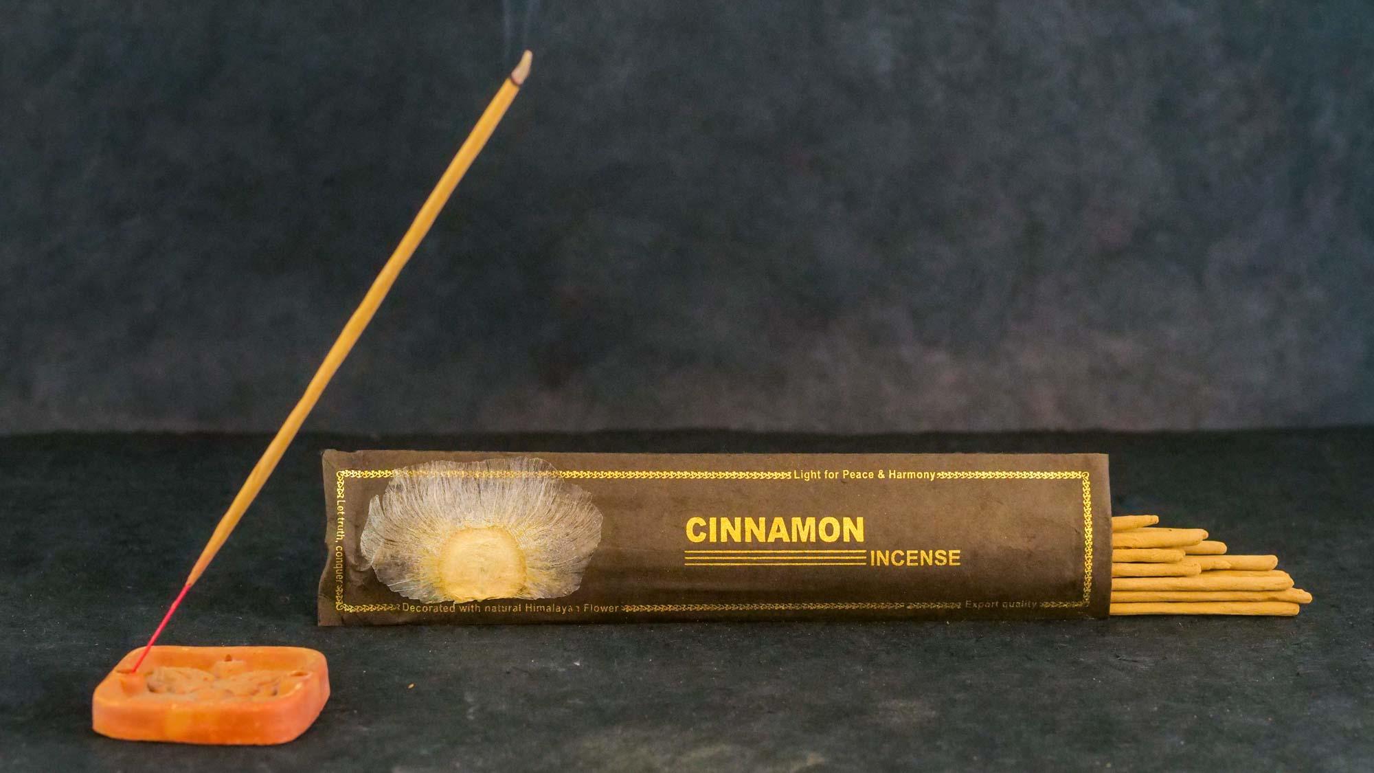 Räucherstäbchen 'Cinemon'